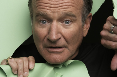 Supplied by Angela Mace bigger sized Robin Williams pix for Timeout use only. NZH 19Aug10 - MOTORMOUTH: Robin Williams says he's back on tour because he needs to pay the bills. NZH 18Nov10 -&#