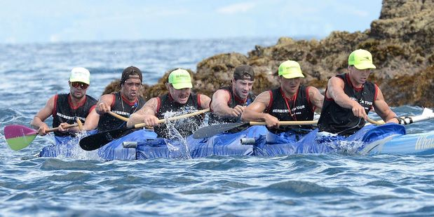 FOCUSED: The open men's team from Nga Hoe Horo Outrigger Canoe Club - Herberts On Tour - in action at last year's Long Distance Nationals. PHOTO/FILE