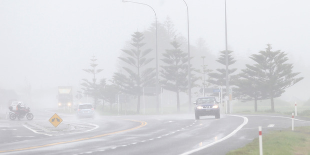 Misty rain has blanketed Hawke's Bay this week. Pictured is SH2 in Napier. PHOTO/DUNCAN BROWN  HBT16388102