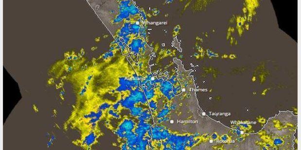 The rain radar shows where light (yellow) and heavy (blue) rain is lashing the north. Metservice.