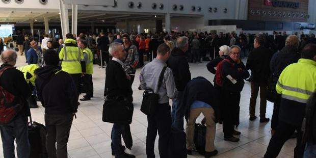 Travellers were stranded at Adealide Airport after power cut grounded planes. Photo / Tricia Watkinson, News Corp Australia
