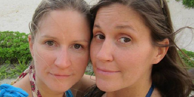 Sisters Annie (left) 42, and Robin, 37, were found dead in their luxury Seychelles villa on September 22. Now two other foreign nationals have been found dead on the island paradise. Photo / Facebook