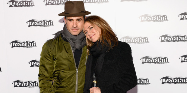 Justin Theroux and Jennifer Aniston attend the Labyrinth Theater Company's Celebrity Charades Gala 2015. Photo / Getty