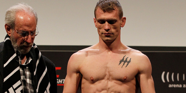 Ian Entwistle was forced to withdraw from UFC 204. Photo / Getty