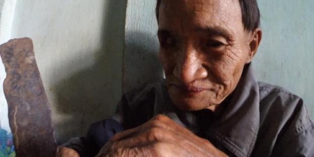 Lang's father, Ho Van Thanh, 85, fled civilisation during the Vietnam War in 1972. Photo / YouTube - Docastaway
