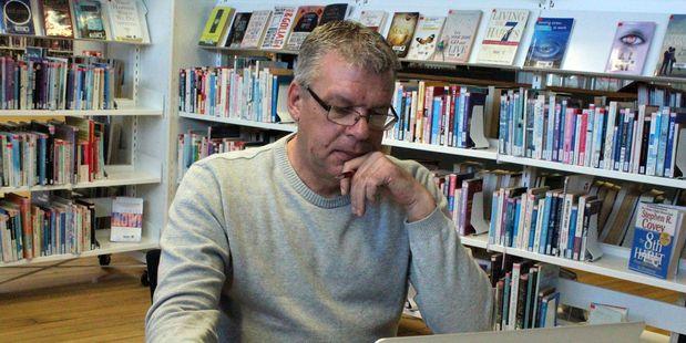 New Zealand author Paul W Feenstra