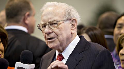 Buffett to Trump: I've paid tax every year since 1944