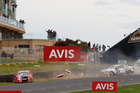 Tander, Mclaughlin crash during the Supercheap Auto Bathurst 1000, at the Mount Panorama Circuit. Photo/Supercars