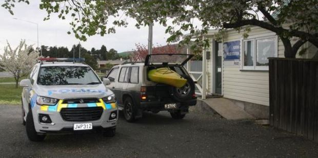 A kayak outside the Kurow police station yesterday is understood to be the one Smith was using when he died in the Waitaki River on Sunday. Photo / Shannon Gillies, ODT