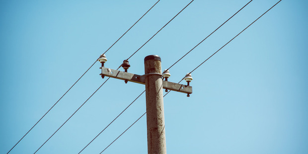 Several powerlines are down in New Lynn. Photo / 123rf