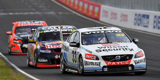 Scott McLaughlin leads Jamie Whincup and Garth Tander at Bathurst. Photo / Getty Images