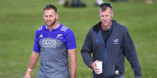 All Blacks Captain Kieran Read and Olympic Gold medalist Mahe Drysdale. Photo / Photosport
