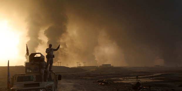 Mosul Today: Iraq calls on IS fighters in Mosul to surrender