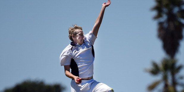 IN FORM: Sean Wakelin produced the best bowling figures of the opening round in taking 6/15. Photo / File