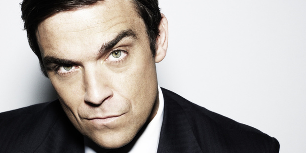 Singer Robbie Williams says he has had botox.