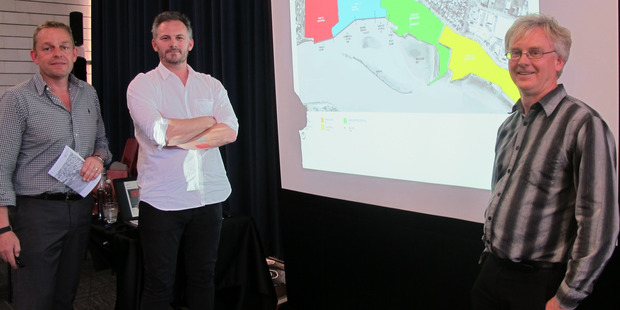 PLANNERS: Consultants Phil Wardale (left), Henry Crothers and Bill McDonald got plenty of feedback on the Whanganui port development plan on Tuesday. Photo/Liz Wylie