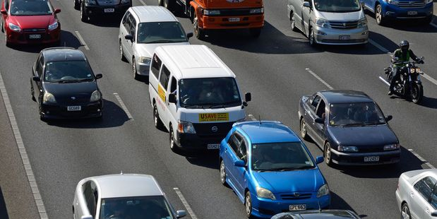 A series of crashes is causing delays across parts of Auckland today.