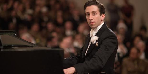 Simon Helberg as Cosme McMoon in Florence Foster Jenkins.