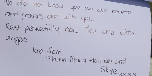 A heartfelt message to the family who died in the suspected murder-suicide. Photo / John Grainger, News Corp Australia
