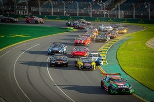 he Australian GT field filters through the opening corner at Albert Park. Photo / Supplied