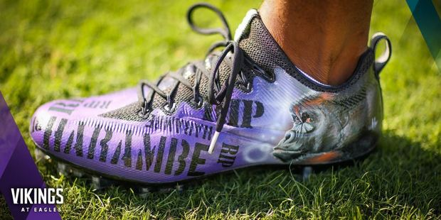Minnesota Vikings running back Jerick McKinnon sported some of the best customised cleats of 2016, with a tribute to Harambe. Photo / Twitter