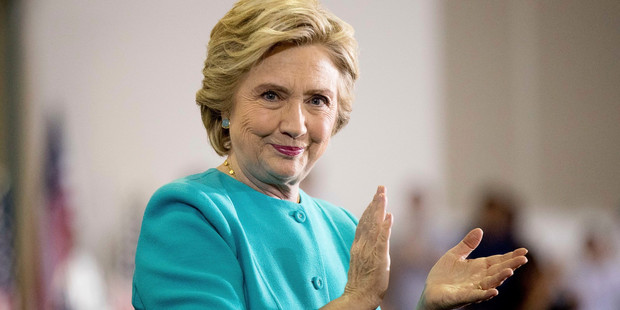 Loading The FBI have announced they are restarting their investigation into Democratic presidential candidate Hillary Clinton's use of a private email server. Photo / AP
