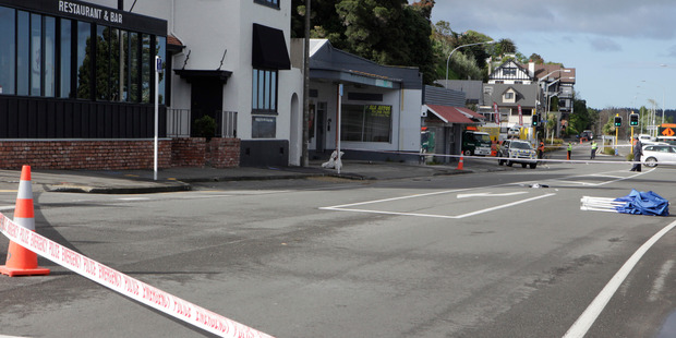 Police closed State Highway 4 outside the Red Lion pub on Anzac Parade early Saturday morning after Jesse Minnell was knocked down. PHOTO/ BEVAN CONLEY