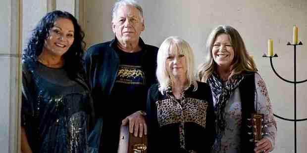 Debbie Harwood, Hammond Gamble, Sharon O'Neill and Shona Laing.