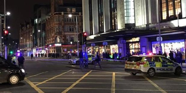 London's Kensington High Street was closed after reports of a suspicious package. Photo / @ss1271 Twitter