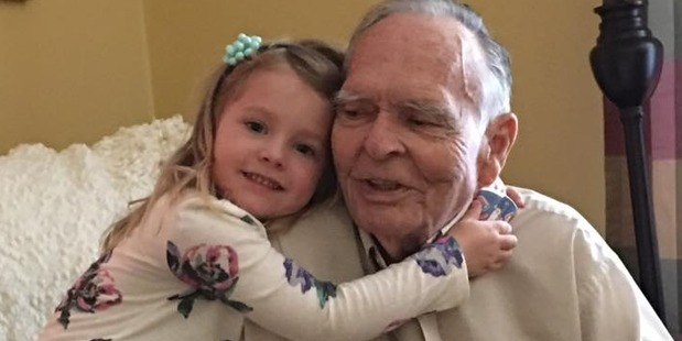 Loading Four-year-old Norah gives widower Dan Peterson, 82, a new outlook on life. Photo / Tara Wood Facebook