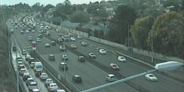 Traffic camera footage at Greenlane at 6:08pm. Photo / NZTA
