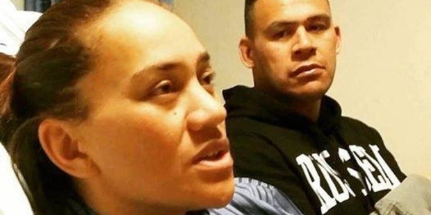 Loading Vicki Letele with her brother Dave. Her family wants her to spend the remaining five months of her life with her family. Photo / Supplied