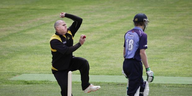 TOTAL FOCUS: Veteran Greerton bowler Murray Jarvis was in fine form for Greerton against Te Puke on Saturday. Photo: Andrew Warner