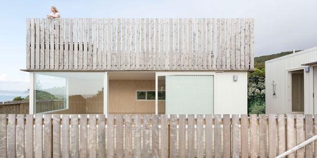 Tane Cox's award-winning 'Crow's nest' design at Raglan's Whale Bay.
