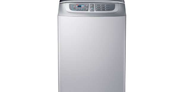 A Samsung top-load washing machine. A staggering 2.8 million were yesterday recalled in the United States however only four models have been on recall in New Zealand since 2013. Photo / Samsung