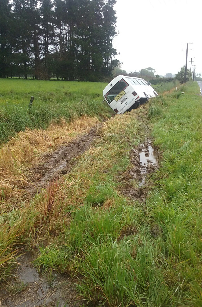 The school bus in the ditch. Photo / Levin Chronicle