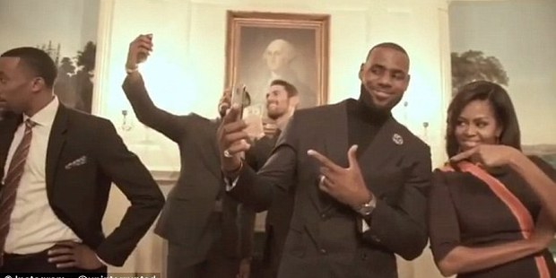 Cavs bring mannequin challenge to White House, first lady