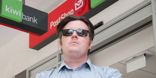 Roy Himmel is unhappy about being made to remove his sunglasses at a Whanganui bank. Wanganui Chronicle Photograph by Lewis Gardner
