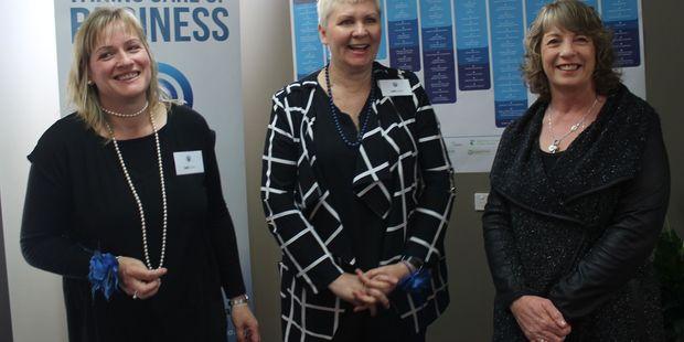 Louise Cooper,  Lianne Simpkin, and Tararua mayor Tracey Collis.