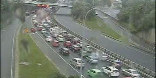 Loading Traffic backed up on SH1 at Tinakori Rd shortly before 5pm. Photo / NZTA