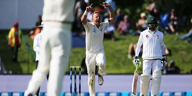 Loading Neil Wagner of New Zealand celebrates the wicket of Younis Khan of Pakistan. Photo / Getty