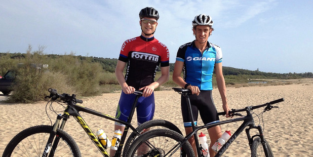 Sam Durrant, left, and Aiden Dunster and confident of doing well at the ITU cross Traiathlong World Championship this weekend. Photo/supplied
