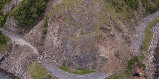 Yesterday's quake has caused widespread damage to roads. Photo / Mike Scott.
