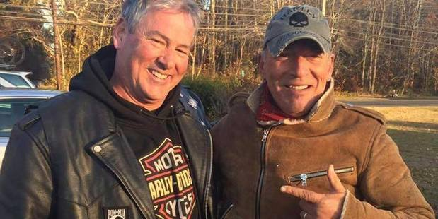 Dan Barkalow, left, and Bruce Springsteen poses for a photo in Wall Township, N.J. . Photo / AP