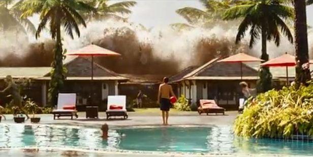 Tsunami image from the film ' The Impossible '