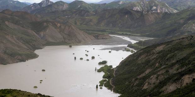 A huge dam formed on the Clarence River north of Kaikoura after Monday's earthquake. Photo / Mark Mitchell.