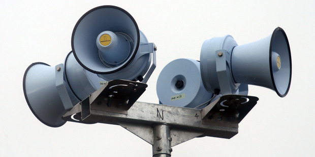 Northland's network of tsunami sirens went off early yesterday over a tsunami risk from the South Island earthquake.