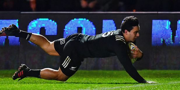 James Lowe of the Maori All Blacks dives over for a try against Harlequins. Photo / Getty
