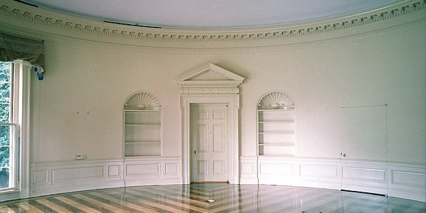 The Oval Office was last renovated in 2001. Photo / Images