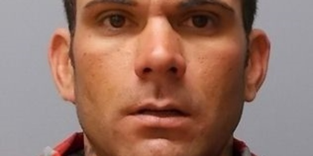 Waitemata Police have an arrest warrant for 37-year-old Troy Redfern, who has breached his prison release conditions. Photo / NZ Police